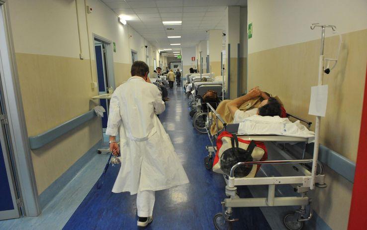 Emergenza posti letto negli ospedali napoletani