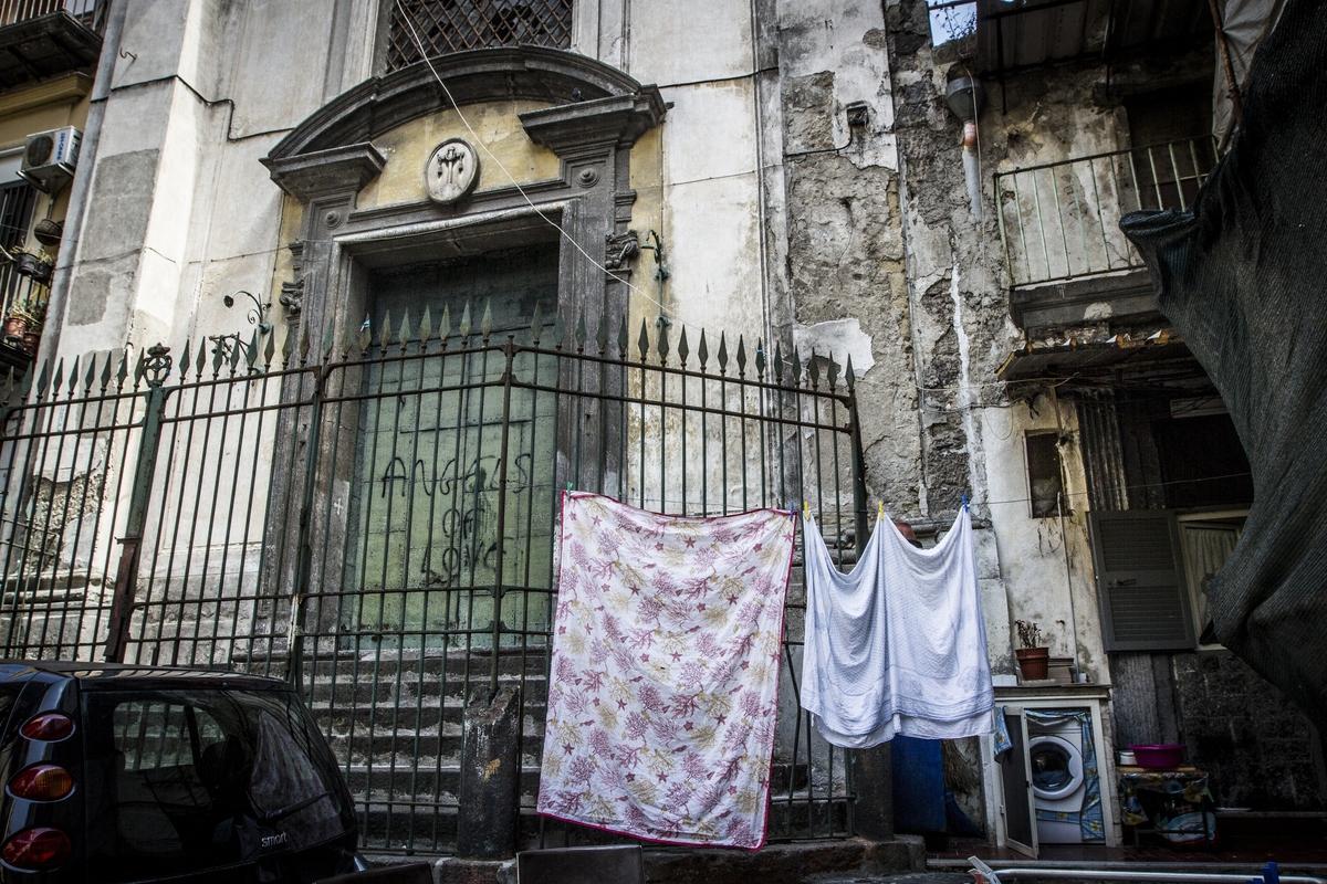 Chiese chiuse di Napoli: i Verdi lanciano un appello a Nino Daniele