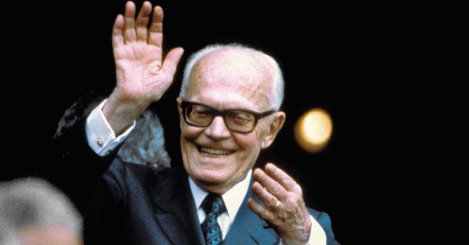 Sandro Pertini, 25 anni fa l'addio al presidente di tutti