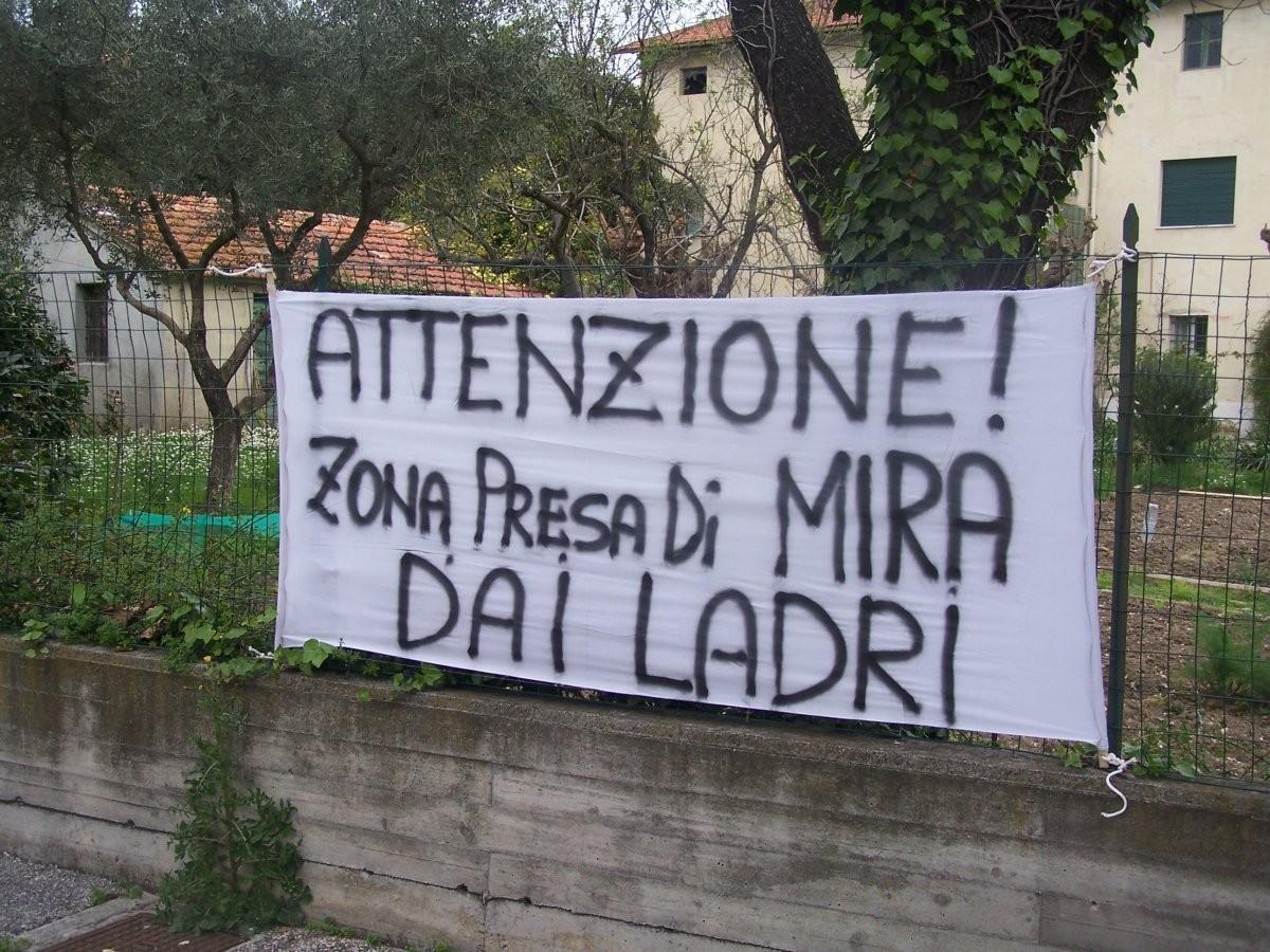 furto al comune di Napoli