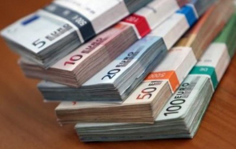 Tassa sui contanti: che cos'è e quando (e se) entrerà in vigore