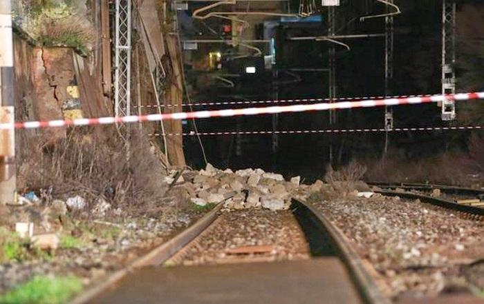 Tratta Napoli-Torre Annunziata, il 12 aprile la ripresa del traffico ferroviario