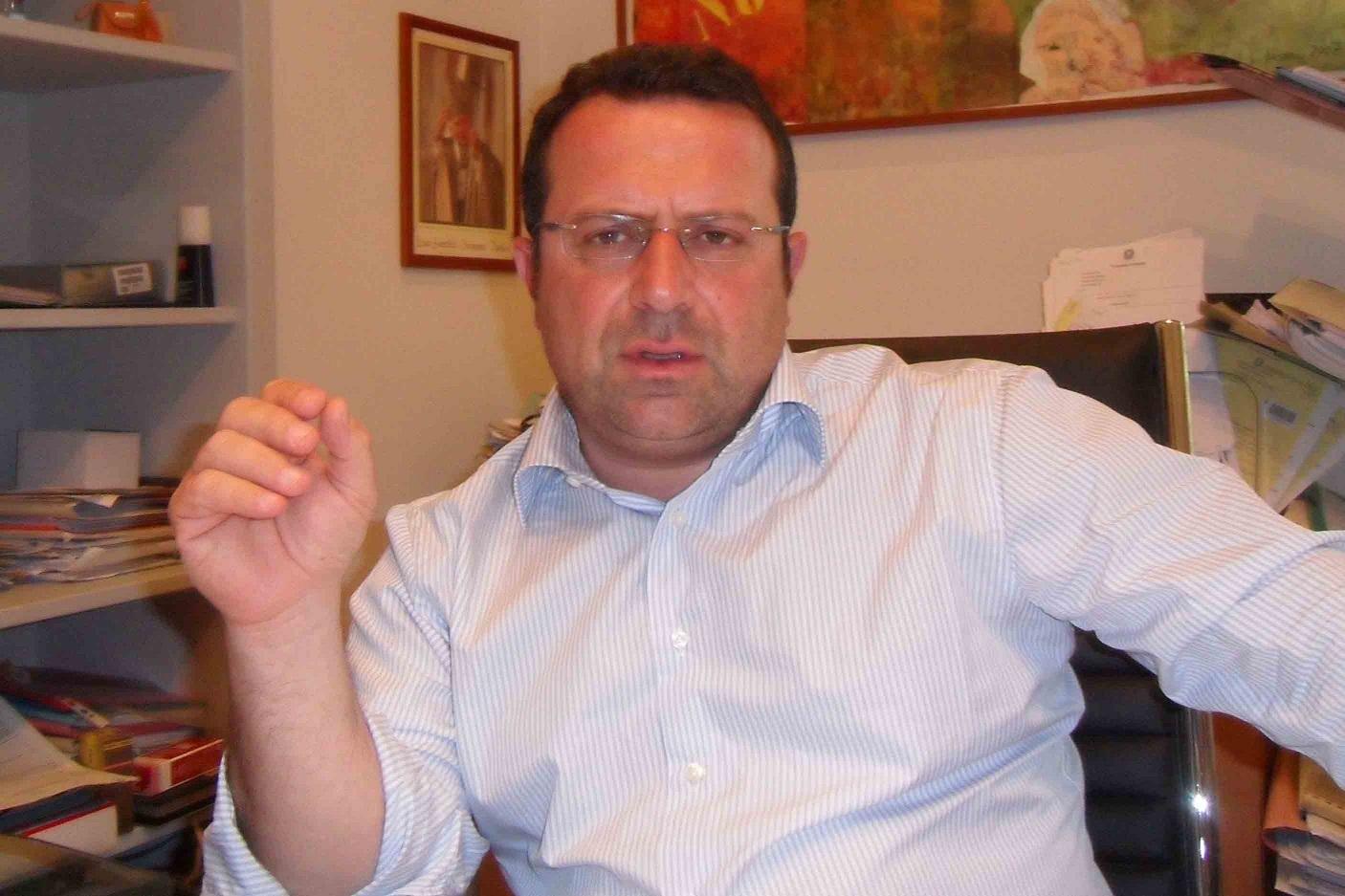 """Angelo Pisani minacciato di morte: """"Ti tagliamo la gola"""""""