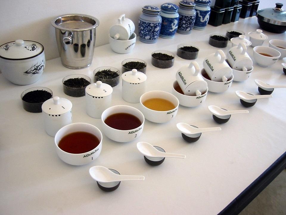 Degustazione e conoscenza dei tè, a Napoli l'ottava edizione del corso