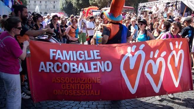 Raduno nazionale dei genitori omosessuali, 3 maggio a Salerno