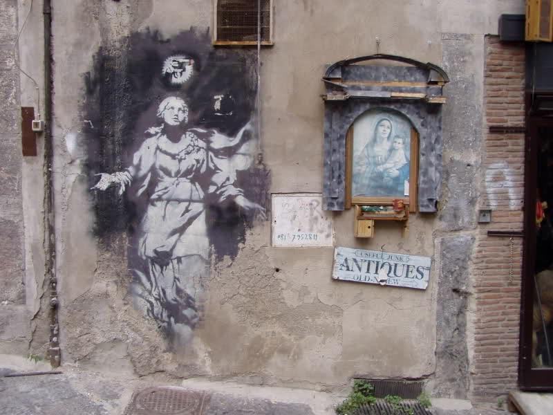 Street art: il Bansky di Napoli verrà restaurato