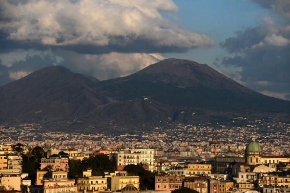 Napoli: un nuovo modello per amministrare la città metropolitana