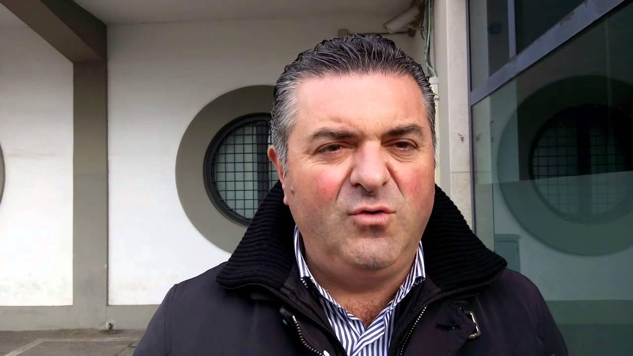 Franco Alfieri, sindaco di Agropoli, si fa multare per non dimettersi