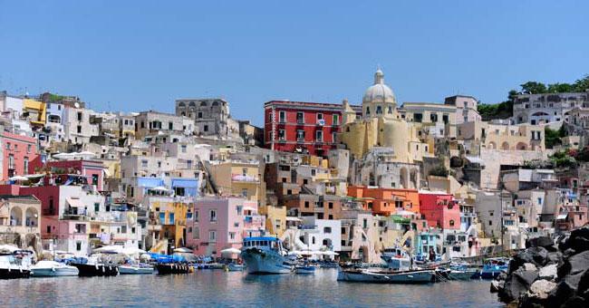 L'Isola di Procida al primo posto nella Top Ten dei luoghi più colorati