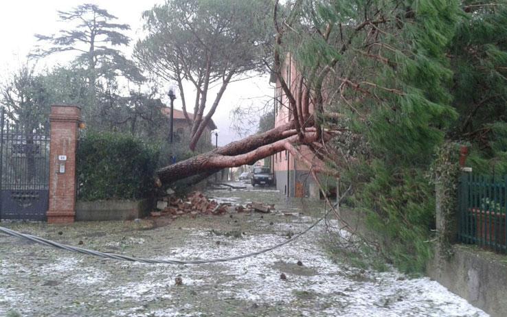 Maltempo, si contano i danni: 400 milioni di euro in Toscana