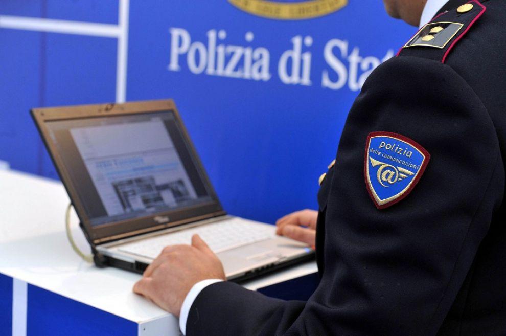 Pedofilia a Napoli, dal pc del padre-orco spunta la lista dei clienti