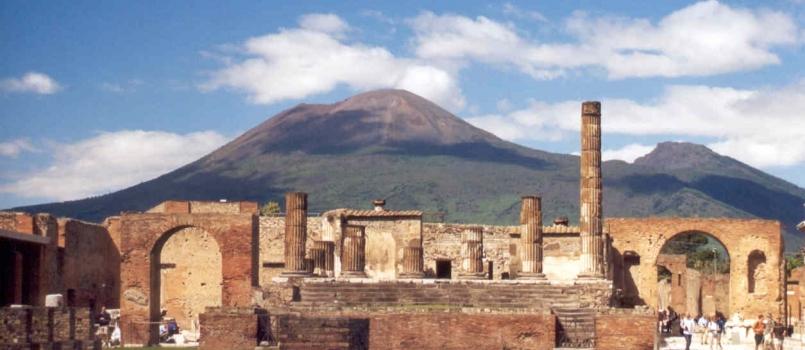 1 maggio in Campania, visita ai siti archeologici vesuviani