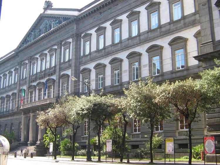 Federico II: i suoi studenti sono i migliori d'Europa in diritto romano