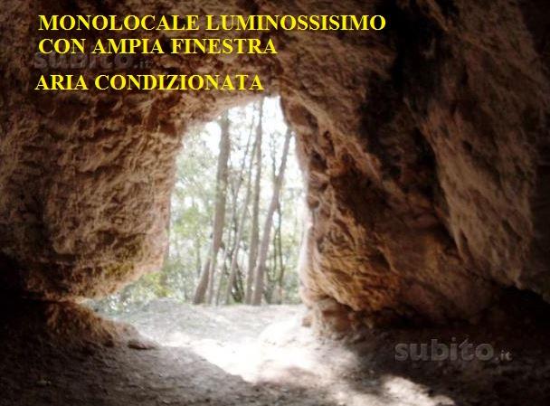 Affittasi grotta per brevi e lunghi periodi, l'annuncio su Subito.it