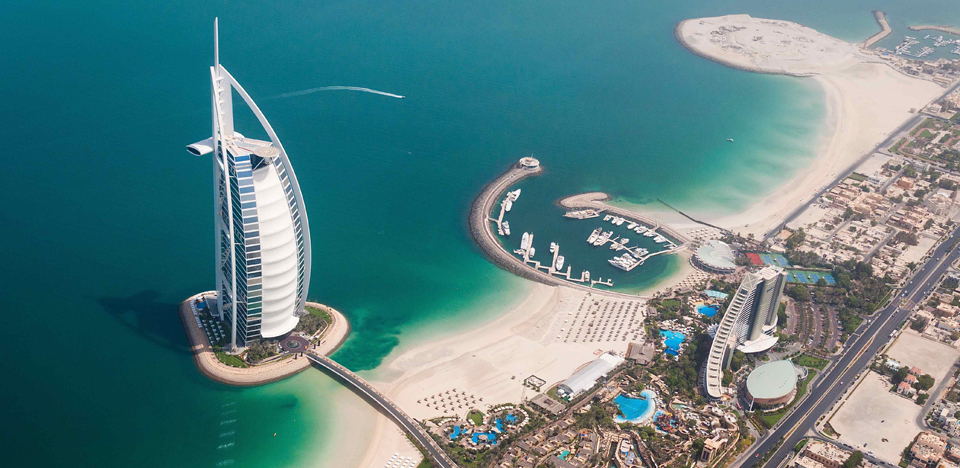 Dubai in Timelaps: il capolavoro di Rob Whitworth impazza sul web (VIDEO)