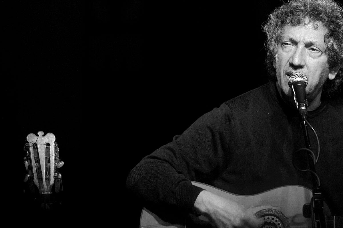 Eugenio Bennato: concerto gratuito all'ex Asilo Filangieri di Napoli