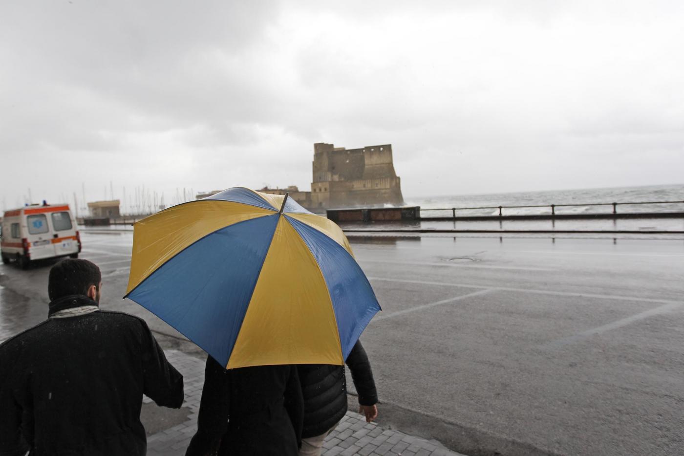 Maltempo in Campania: La Protezione civile lancia l'allerta meteo