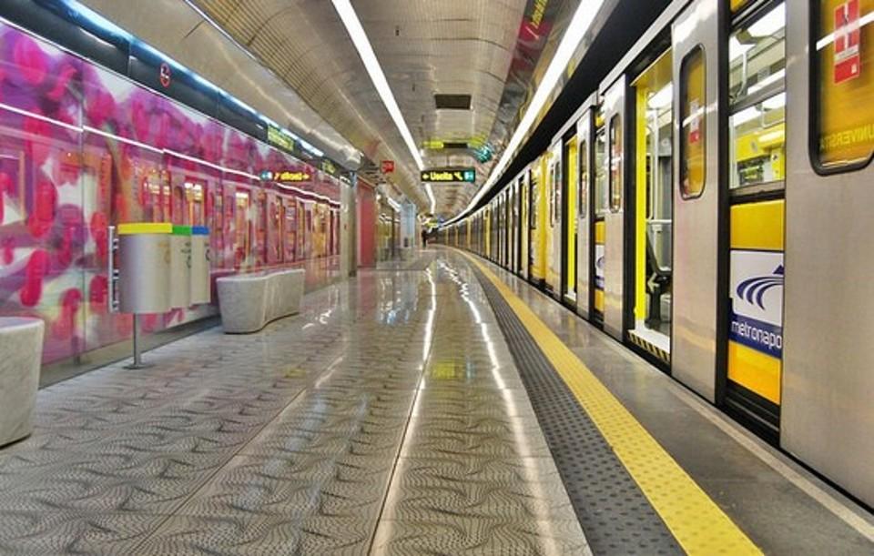 Trasporti, Napoli: nuovi orari linea 1 e funicolare, prolungato orario di esercizio