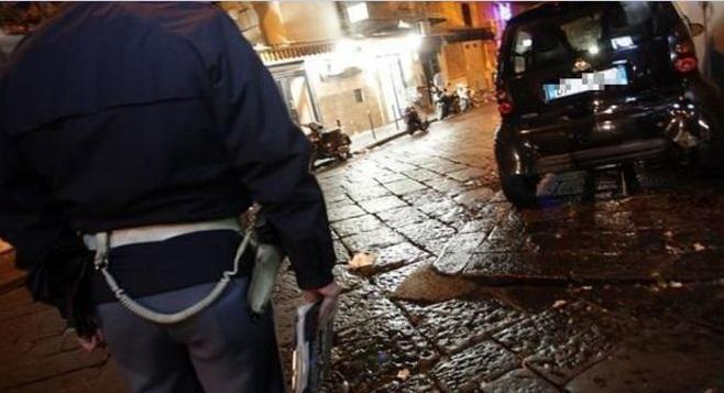 16enne ferito a Piazza Sanità, sul posto ritrovati sette bossoli