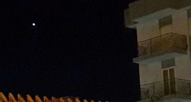 Ufo avvistato in provincia di Salerno, mistero ad Angri e Scavati