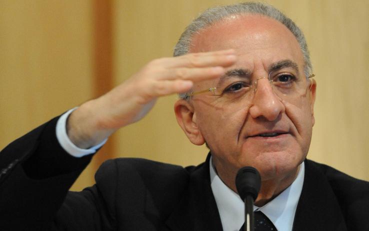 Vincenzo De Luca diserta il confronto con Stefano Caldoro