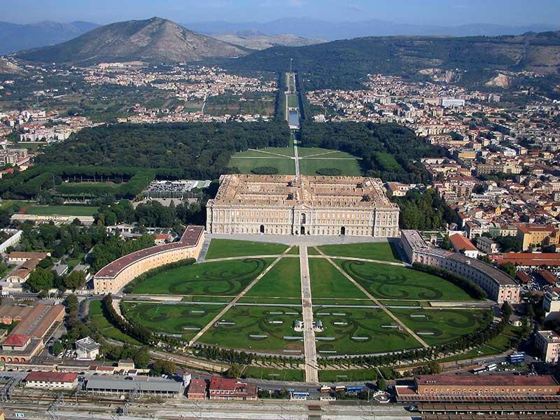 Attrattività Locale: Caserta batte tutti in Campania, Napoli ultima