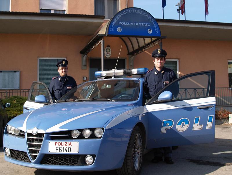 Crisi della Polizia di Stato, l'allarme della Consap: poliziotti senza divise estive