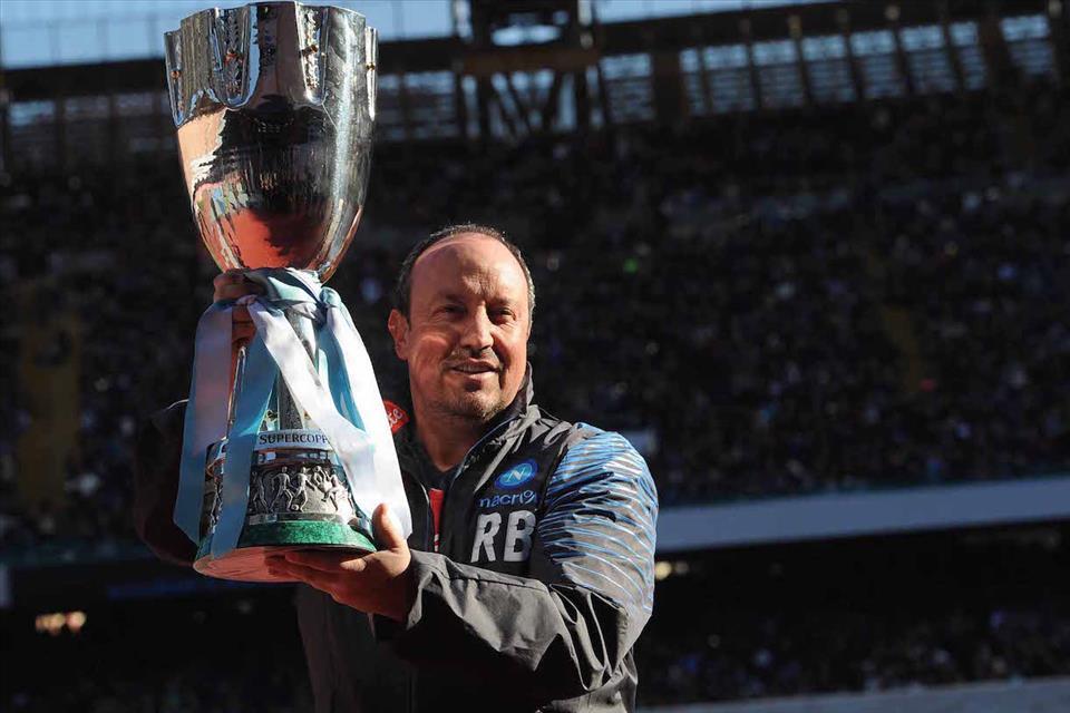 Rafa Benitez lascia Napoli, ma più di lui ha vinto solo chi ha avuto Maradona