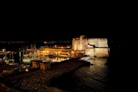 Borgo Marinari: sanzioni da 20 mila euro a causa del troppo chiasso notturno