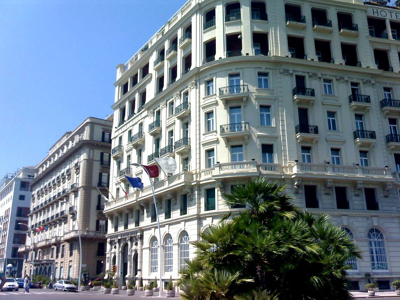 Hotel Excelsior cambia gestione e diventa di proprietà spagnola