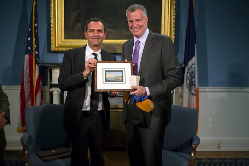Luigi De Magistris: il New York Times dedica un articolo al sindaco di Napoli