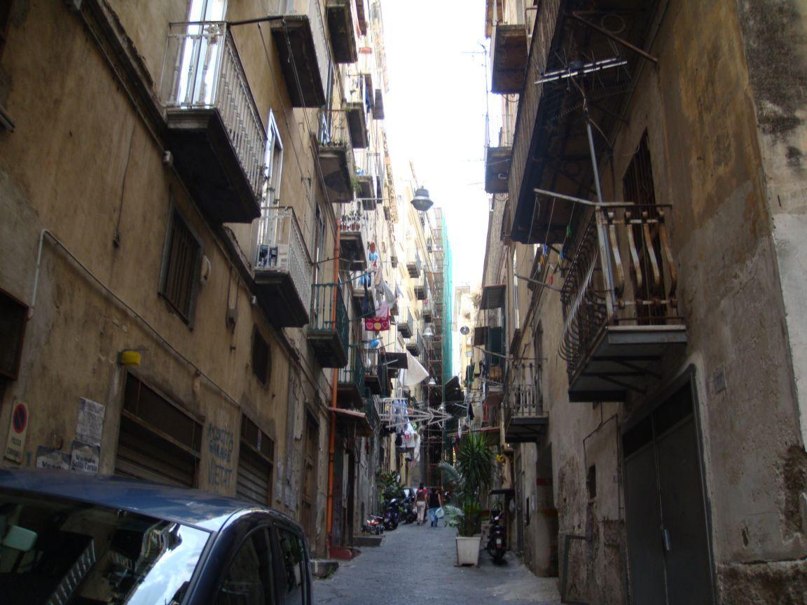 Maxi sequestro di cocaina nei Quartieri Spagnoli a Napoli per il valore di 50mila euro