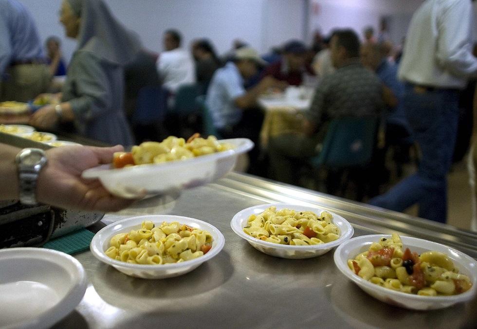 Croce Rossa nega un pasto a disoccupato, perché senza certificato