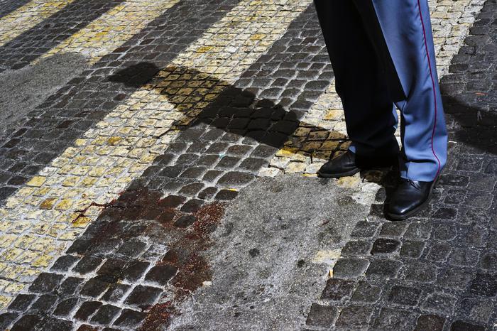 Due giovani feriti a Napoli nella notte: gli agguati in diversi punti della città