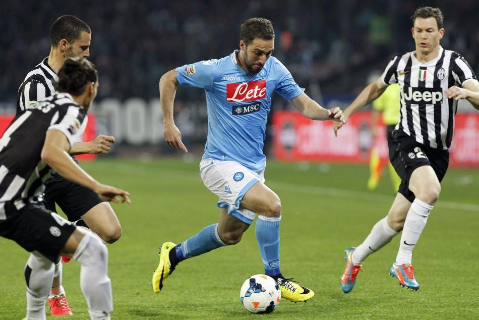 Higuain alla Juventus: i bianconeri ci provano con una mega offerta al Napoli