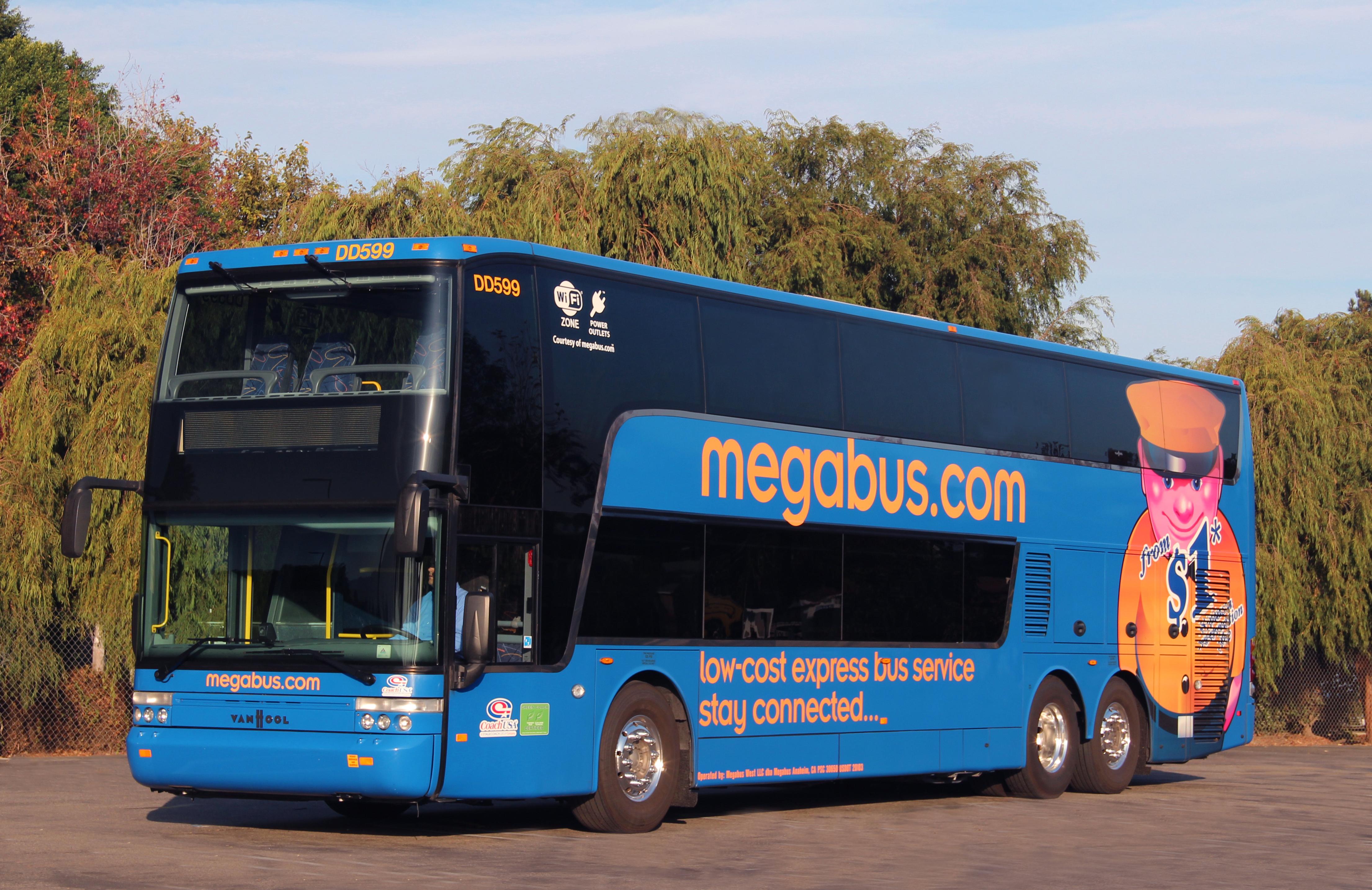 Megabus, la compagnia di viaggi in autobus low cost arriva anche in Italia: prezzi per tutta Europa a partire da 1 euro