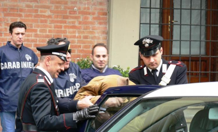 Napoli, commercianti si ribellano al pizzo: in manette tre persone