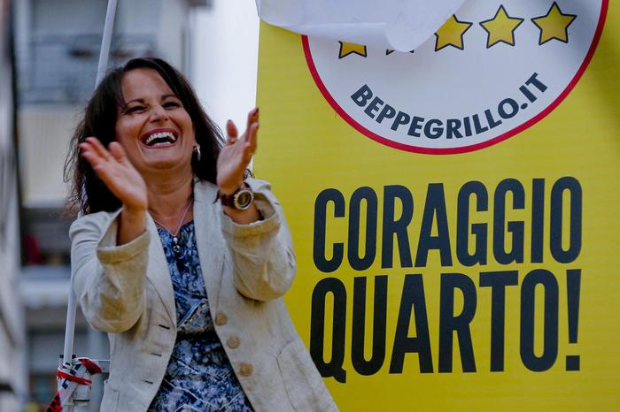 Rosa Capuozzo è il nuovo sindaco di Quarto: il primo grillino in Campania