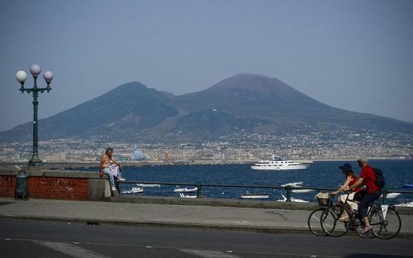 Allerta meteo in Campania: temperature di 4-5 gradi superiori alla media da domani