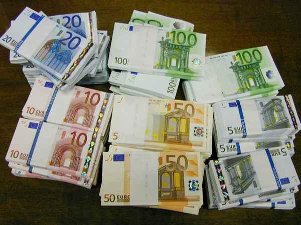 Arrestata banda di falsari: contraffatti 9 milioni di euro