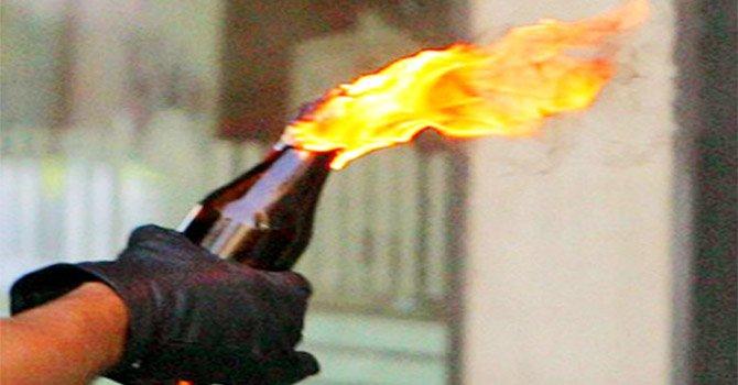 Arrestato un anziano a Mugnano: nascondeva bombe molotov a casa