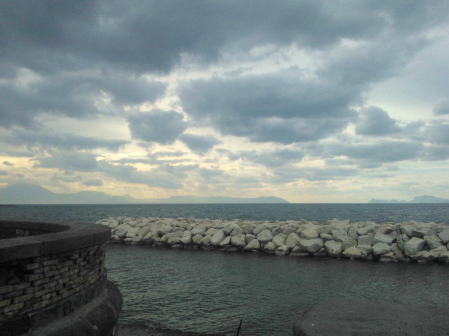 Caronte resta in Italia: previsioni meteo per le prossime ore