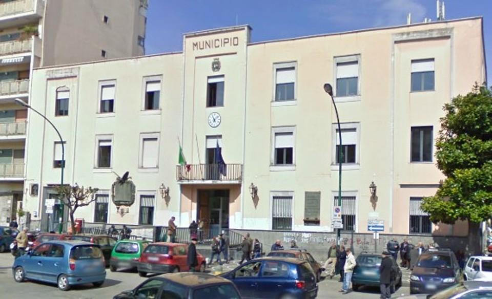 Emilio Polizio, consigliere comunale a Casoria, aggredito