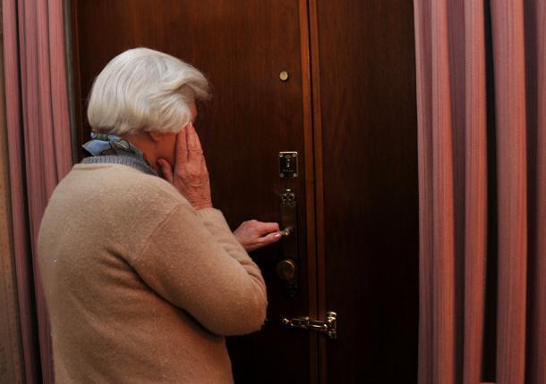 Falso dipendente Eni truffa anziana di 92 anni