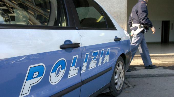 Operazione Polizia contro i parcheggiatori abusivi