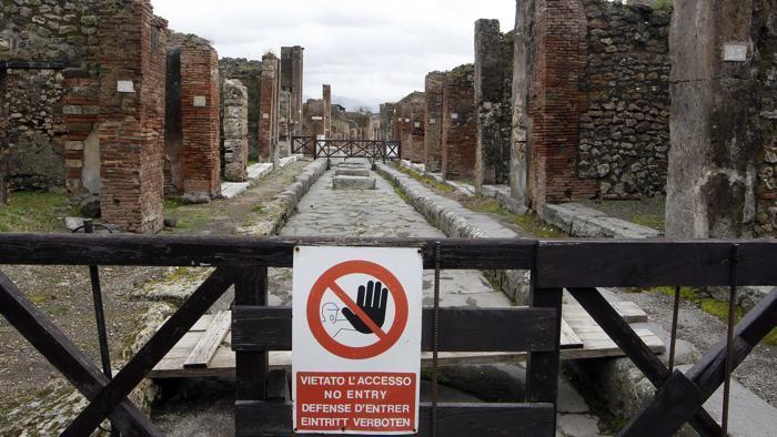 Scavi di Pompei chiusi per assemblea. Franceschini: