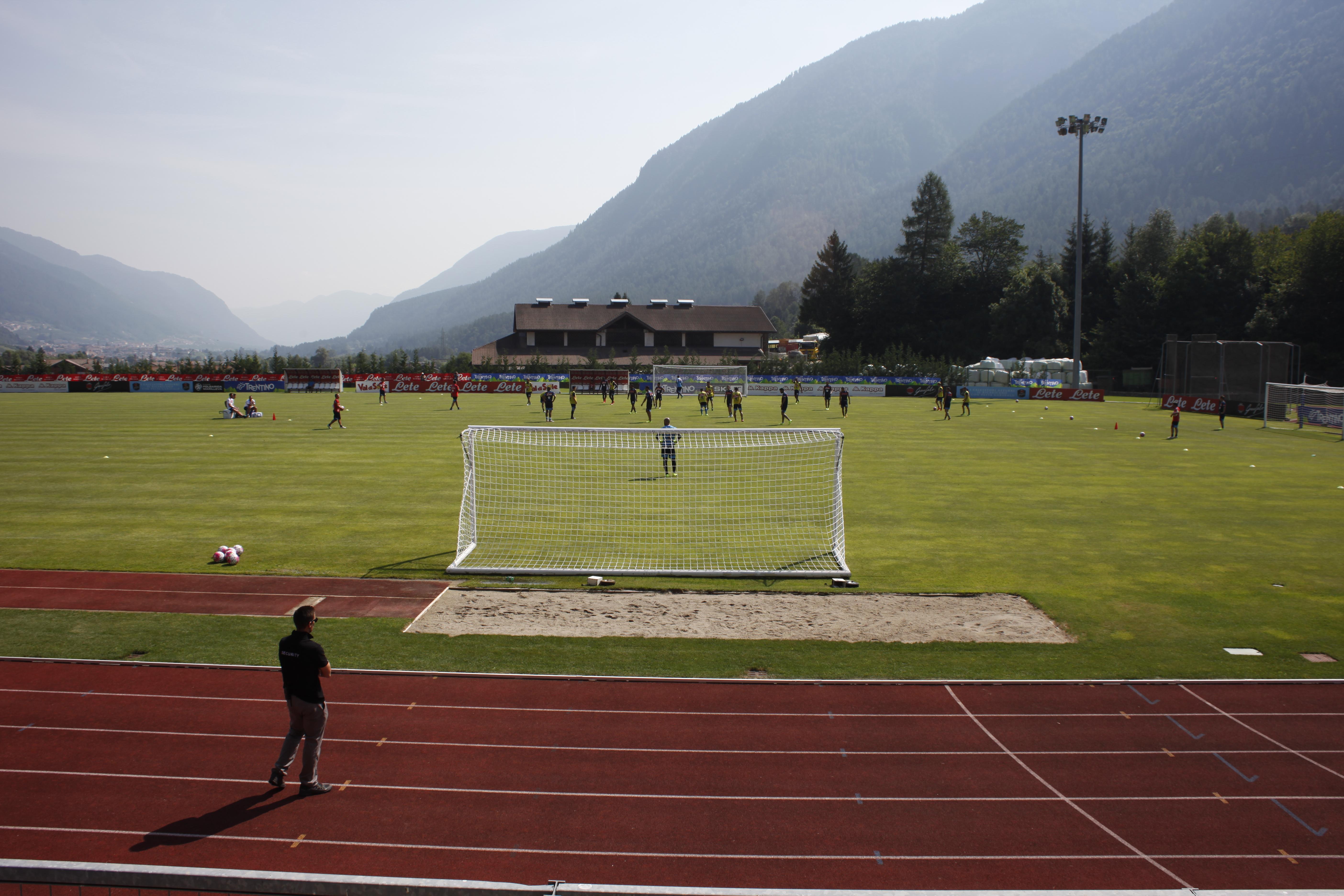 Allenamento del Napoli, in gol Gabbiadini e Insigne (Foto)