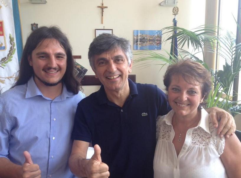 Vincezo Salemme incontra il sindaco di Bacoli Josi della Ragione (Video)