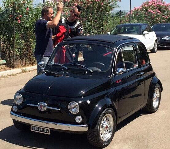 Il medico del Napoli regala Fiat 500 'old style' a Hamsik