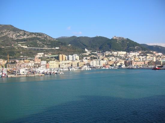 Barca travolta a Salerno: indagato conducente motoscafo